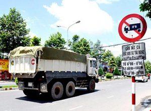 Thực hiện giải pháp cấm xe tải vào nội thành